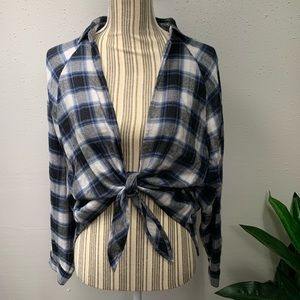 Urban Outfitters BDG Plaid Flannel Front Tie M